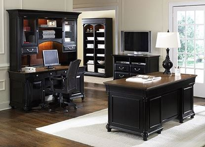 Picture of St Ives Jr Executive Office