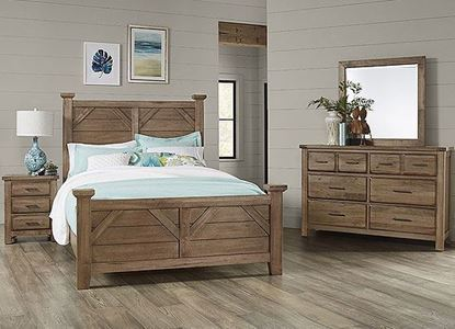 Chestnut Creek Bedroom Collection with Plank bed in a Fawn finish